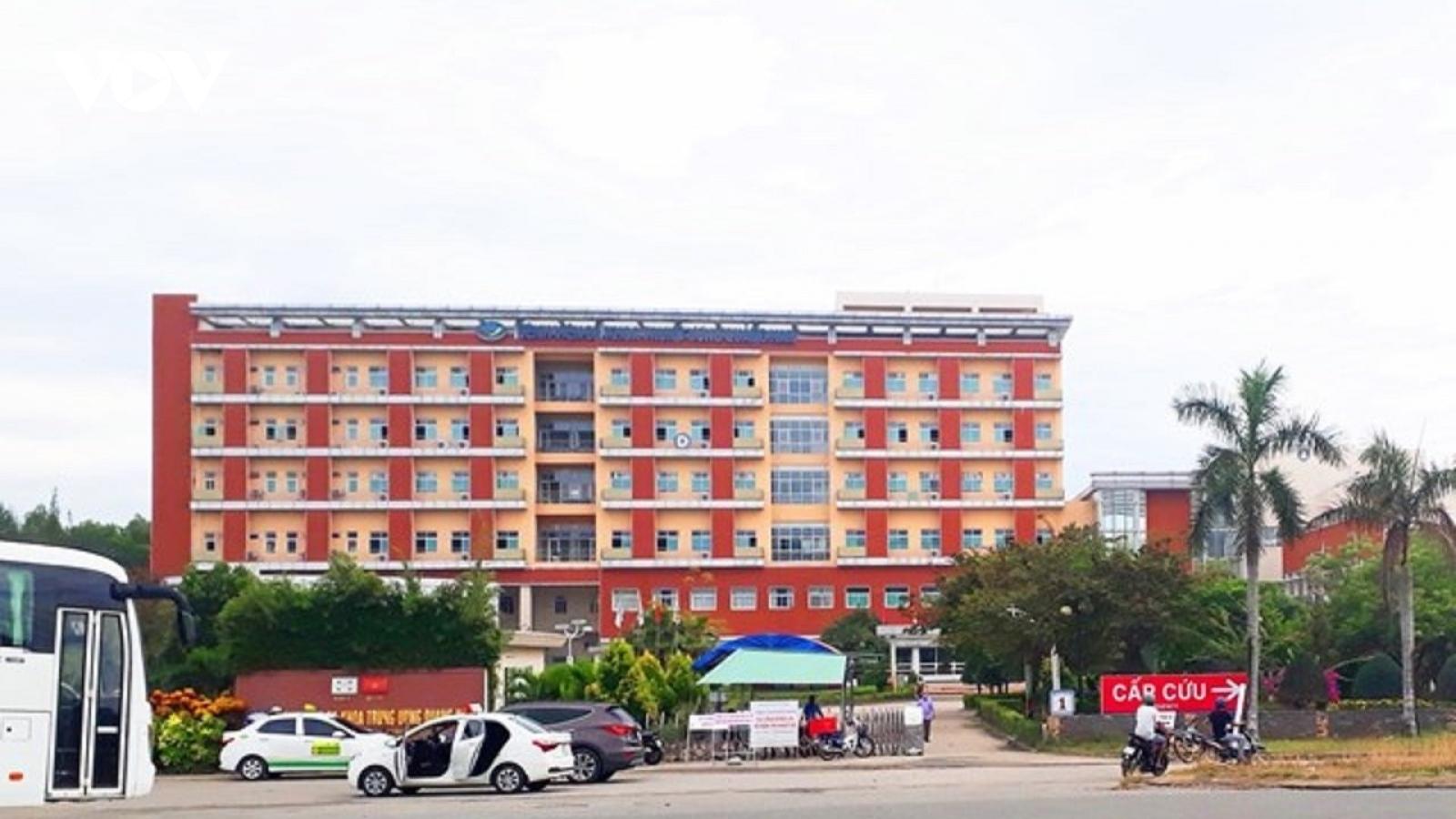 Dỡ bỏ phong tỏa Bệnh viên Đa khoa Trung ương Quảng Nam