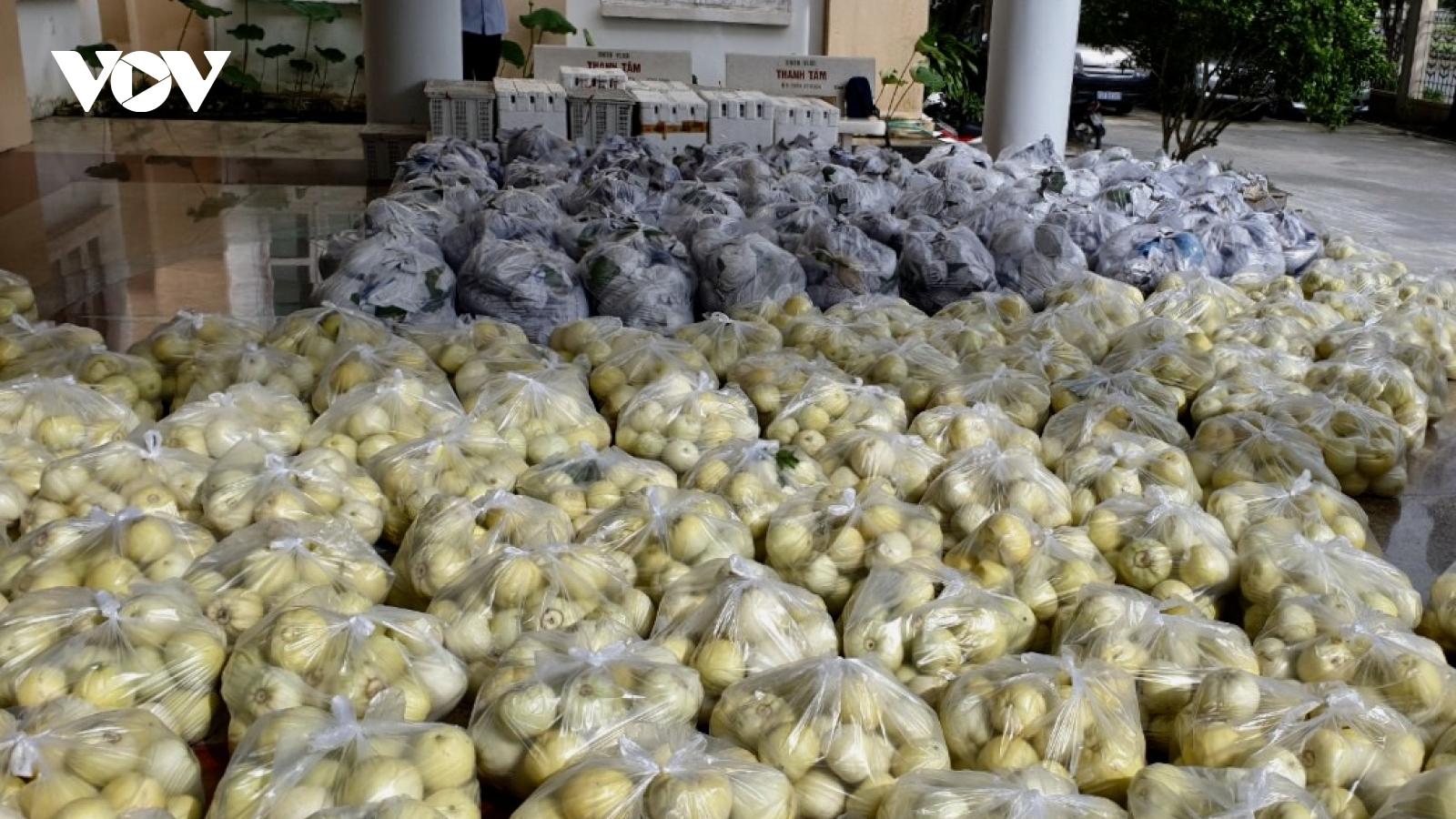 Hậu Giang hỗ trợ người dân TP.HCM hơn 8 tấn nông sản