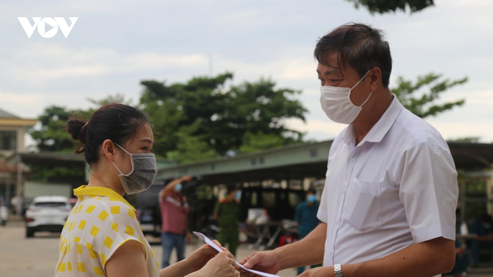 Quảng Nam: 77 người từ TP.HCM về hoàn thành cách ly tập trung