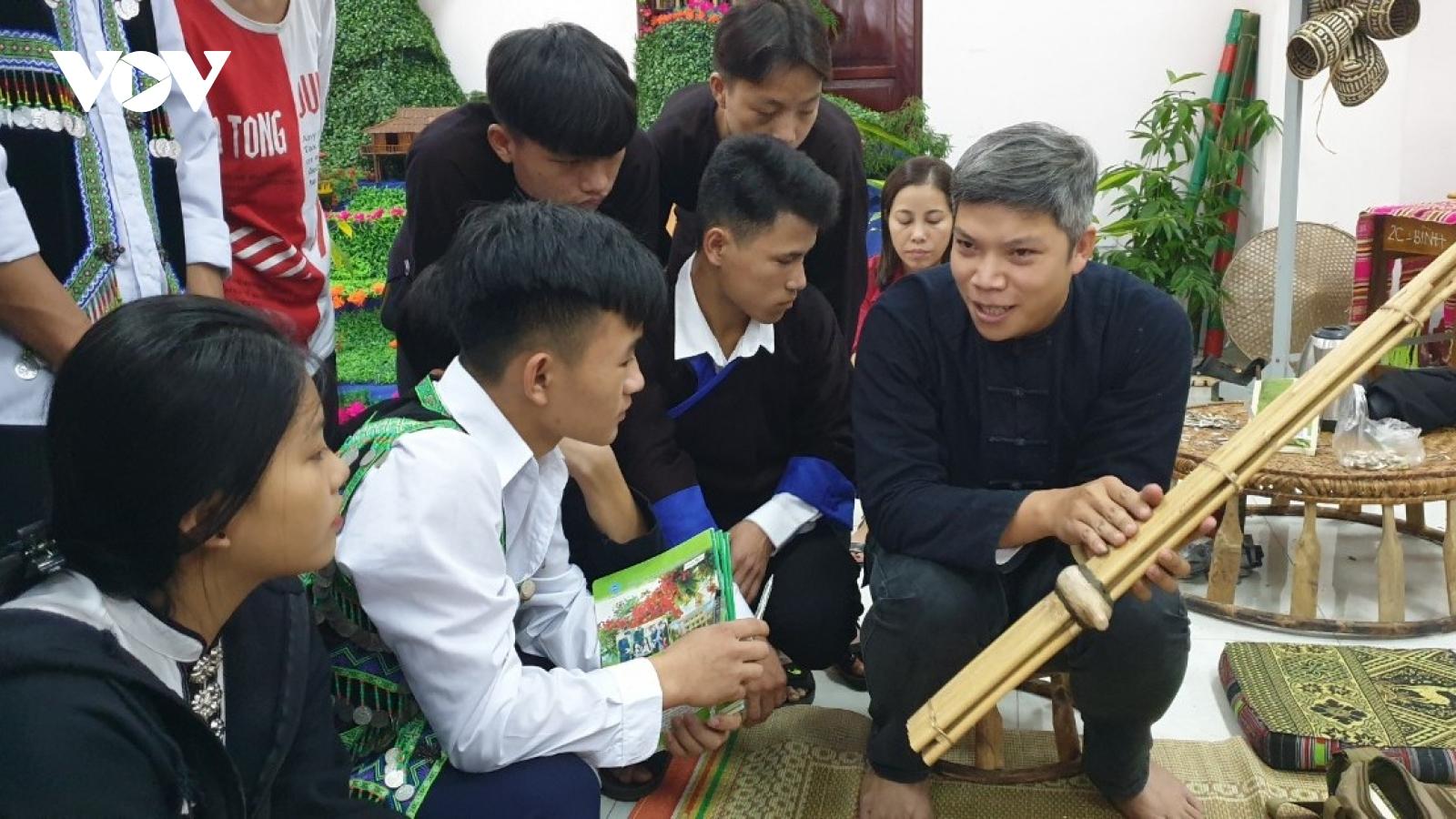 Học sinh Yên Bái tựu trường sớm nhất vào ngày 1/9