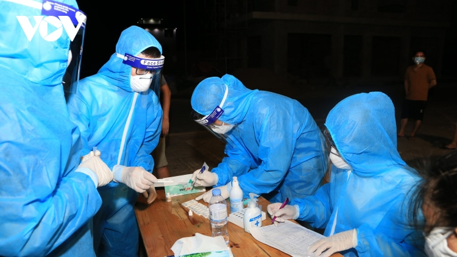 Nghệ An xác định thêm 8 F0 liên quan đến ổ dịch bệnh viện Minh An