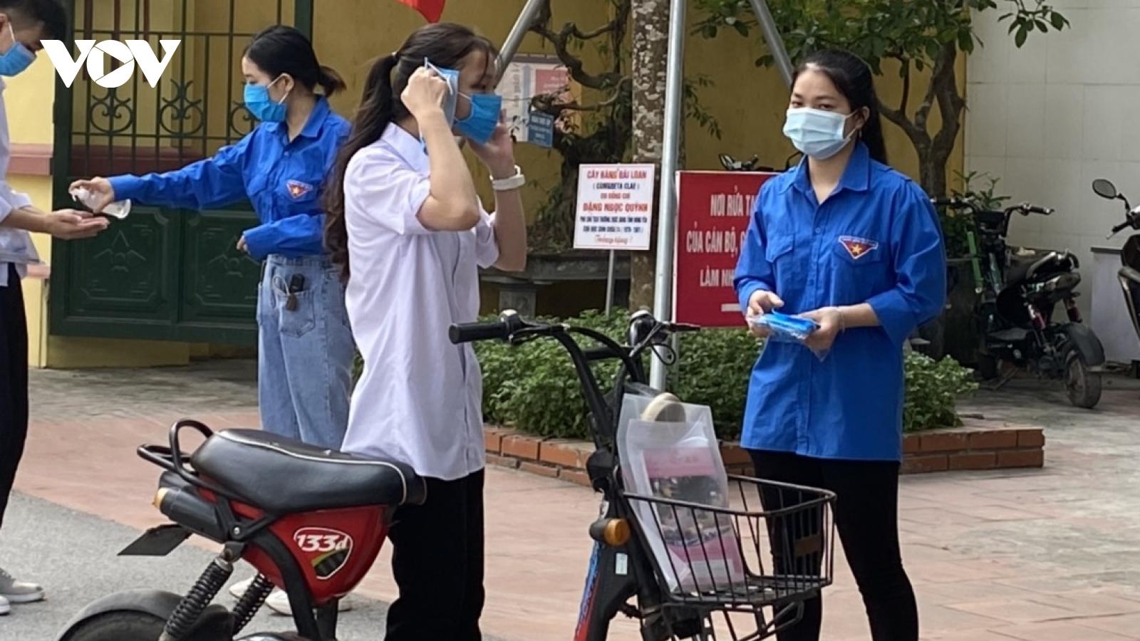 1.900 thí sinh tại Hưng Yên tham gia kỳ thi tốt nghiệp THPT đợt 2