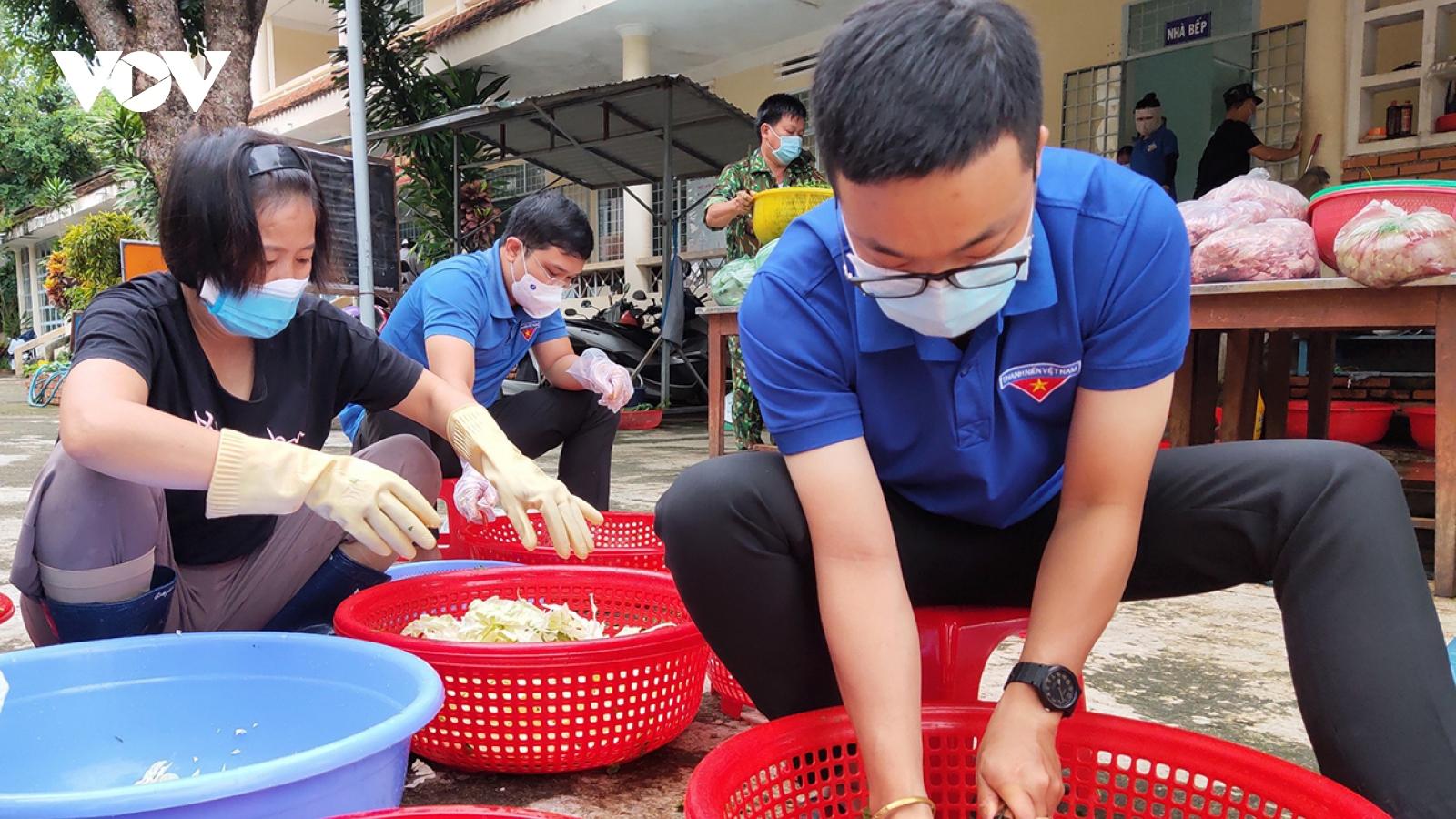 Kon Tum: Trên 620 đoàn viên, thanh niên tình nguyện hỗ trợ chống dịch