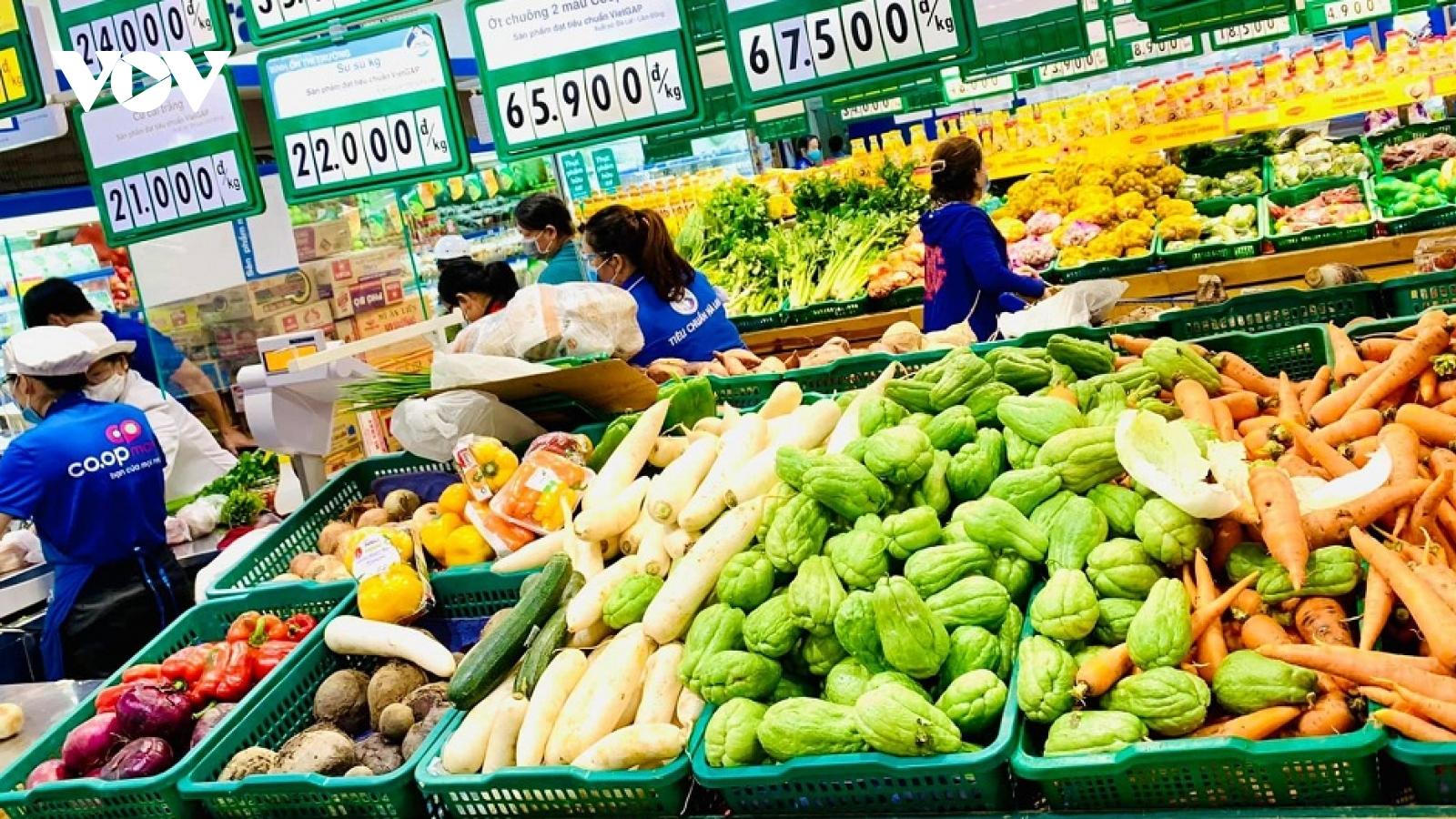 Doanh nghiệp ở TP.HCM điều chỉnh gói combo thực phẩm sau phản ánh của người dân