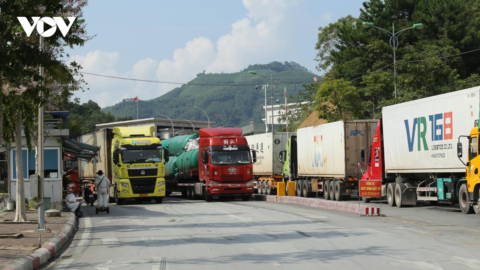 Lạng Sơn khuyến cáo doanh nghiệp xuất khẩu nông sản qua các cửa khẩu