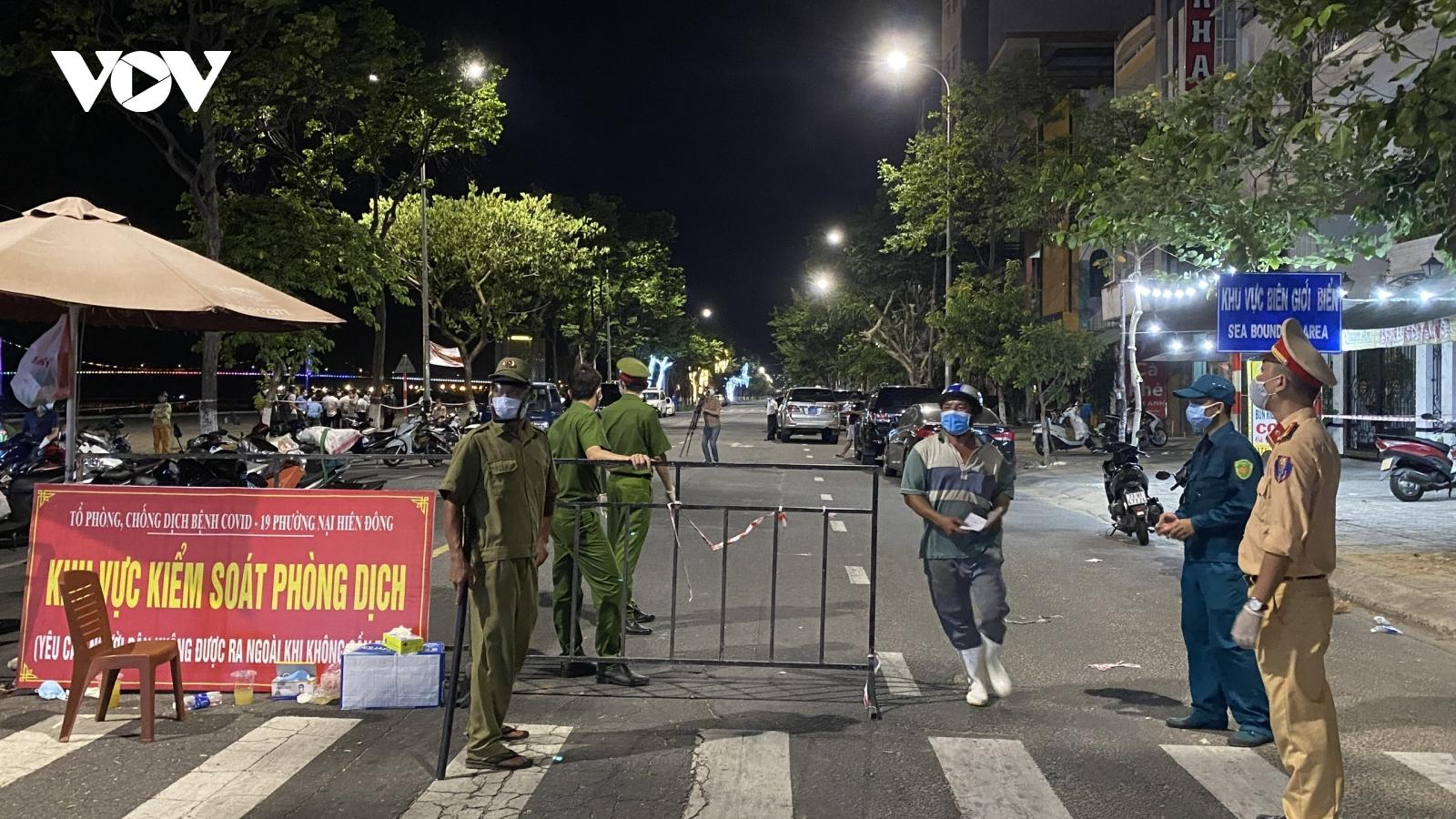 Nhiều vướng mắc khi thực hiện giãn cách xã hội mạnh hơn ở Đã Nẵng
