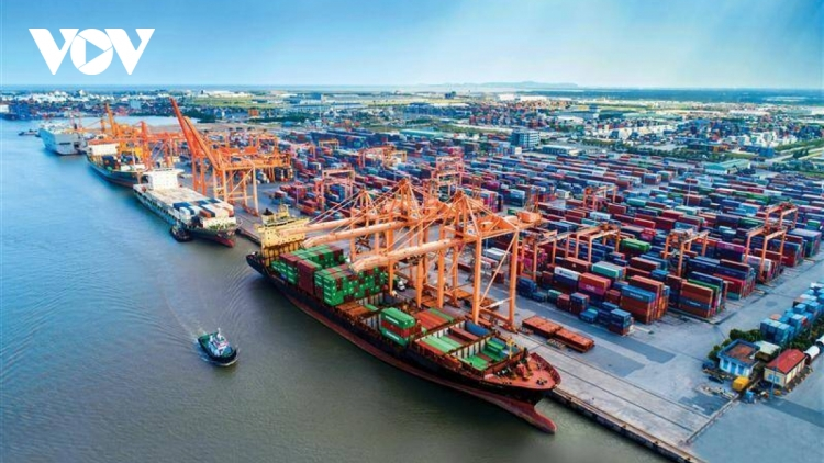 Eight-month trade deficit stands at US$ 3.71 billion