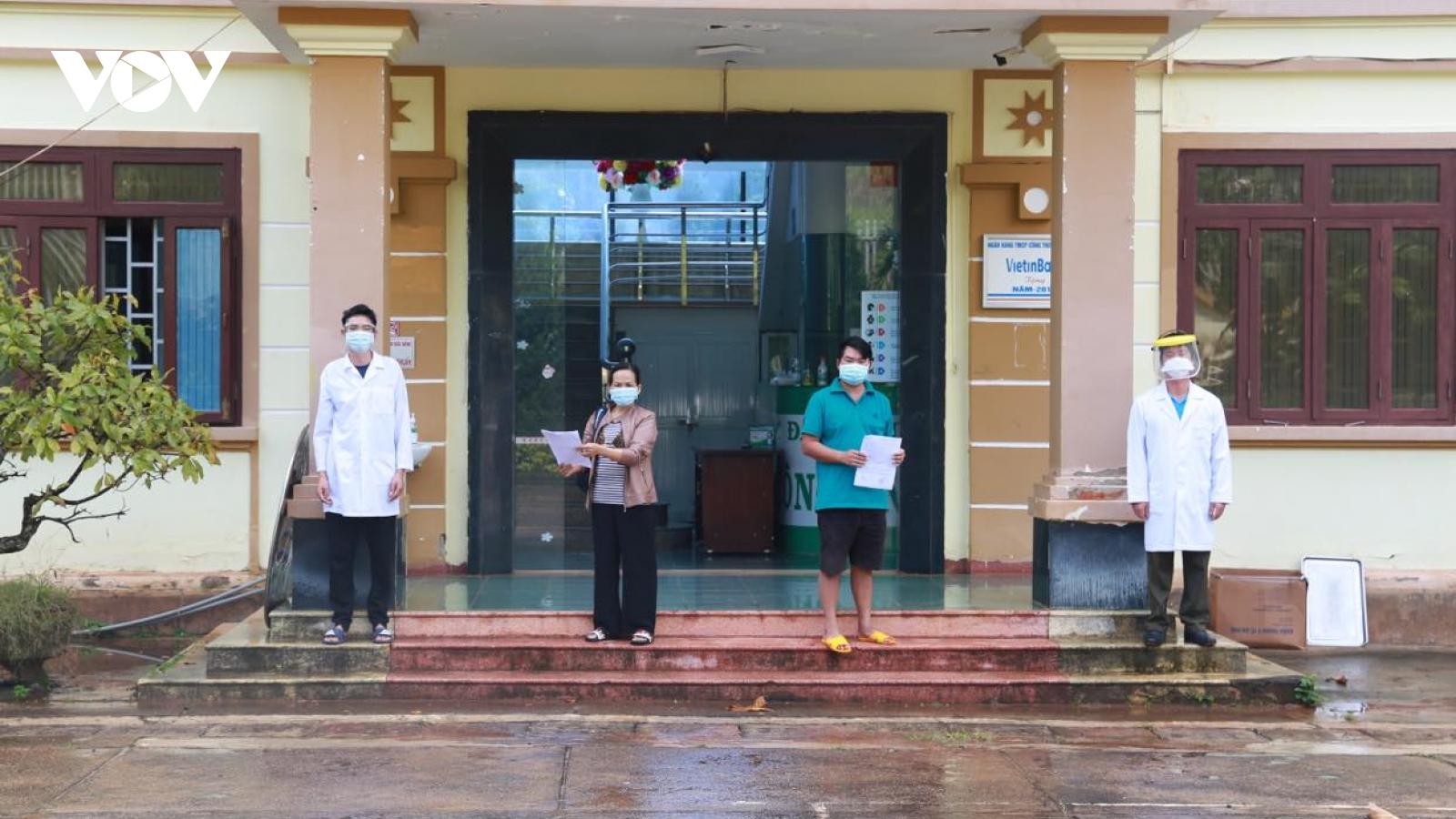 Thêm hai trường hợp mắc COVID-19 tại Đắk Nông được chữa khỏi, ra viện