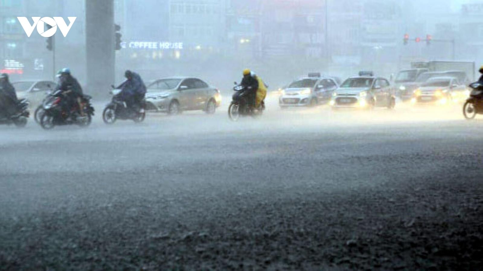 Thời tiết 27/8: Hà Nội, Nam Bộ có mưa rào và dông