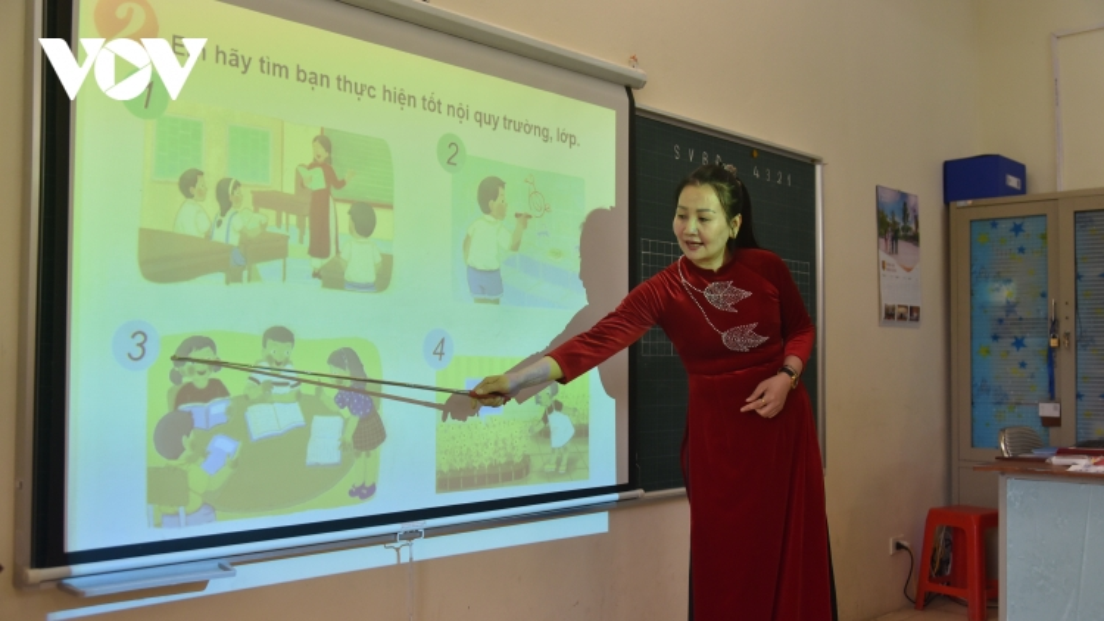 Thiếu hàng ngàn giáo viên, địa phương loay hoay trong tổ chức dạy học
