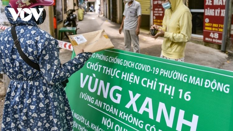 Hanoi remains at high risk of COVID-19 community infection