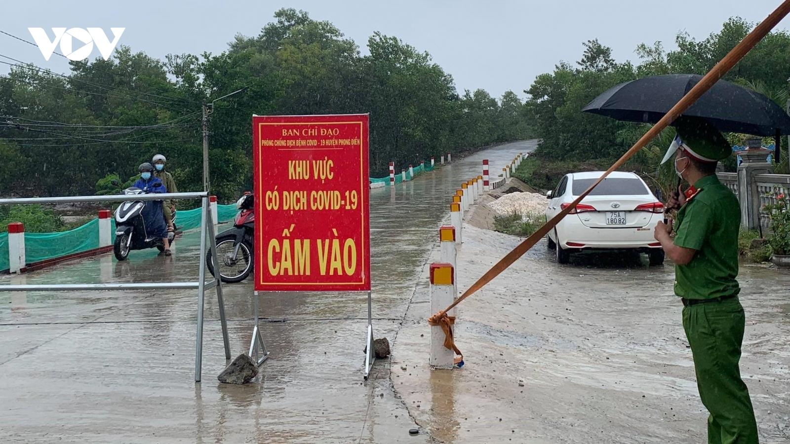 Phát hiện chùm ca bệnh cộng đồng, phong tỏa một xã ở Thừa Thiên Huế