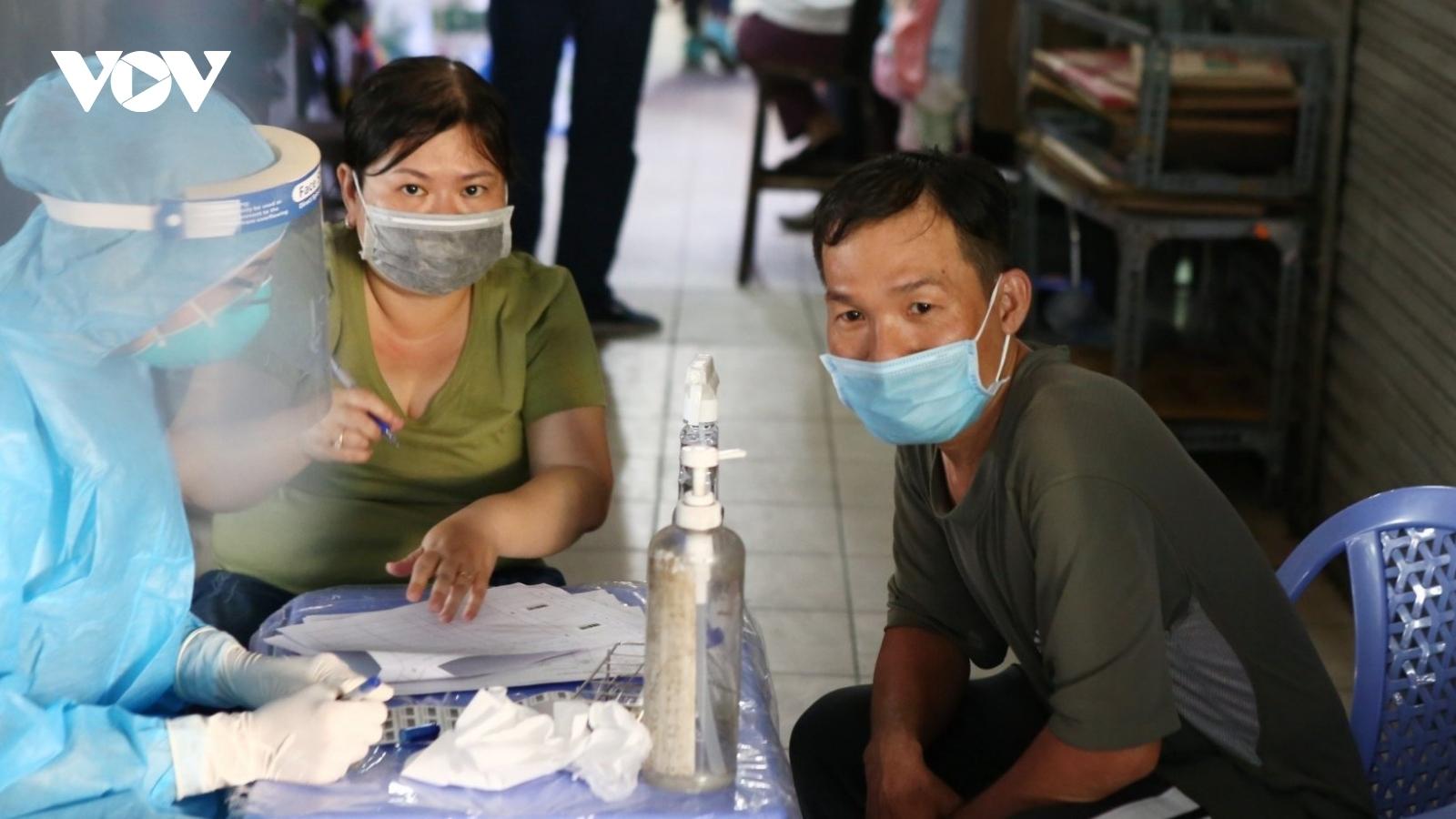 """Chương trình """"Vaccine tinh thần"""" hỗ trợ tâm lý người dân ảnh hưởng bởi Covid-19"""