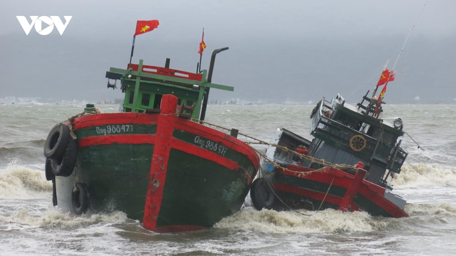 Miền Trung chủ động ứng phó với bão số 5 gây mưa lớn ở nhiều nơi
