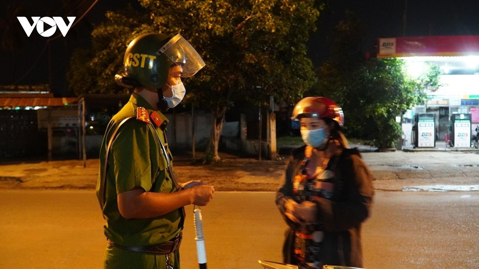 Phê bình 1 chủ tịch phường ở Bình Thuận vì lơ là công tác phòng, chống dịch