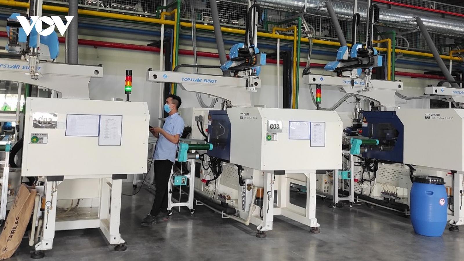 """Bảo vệ """"vùng xanh"""" phát triển sản xuất công nghiệp"""