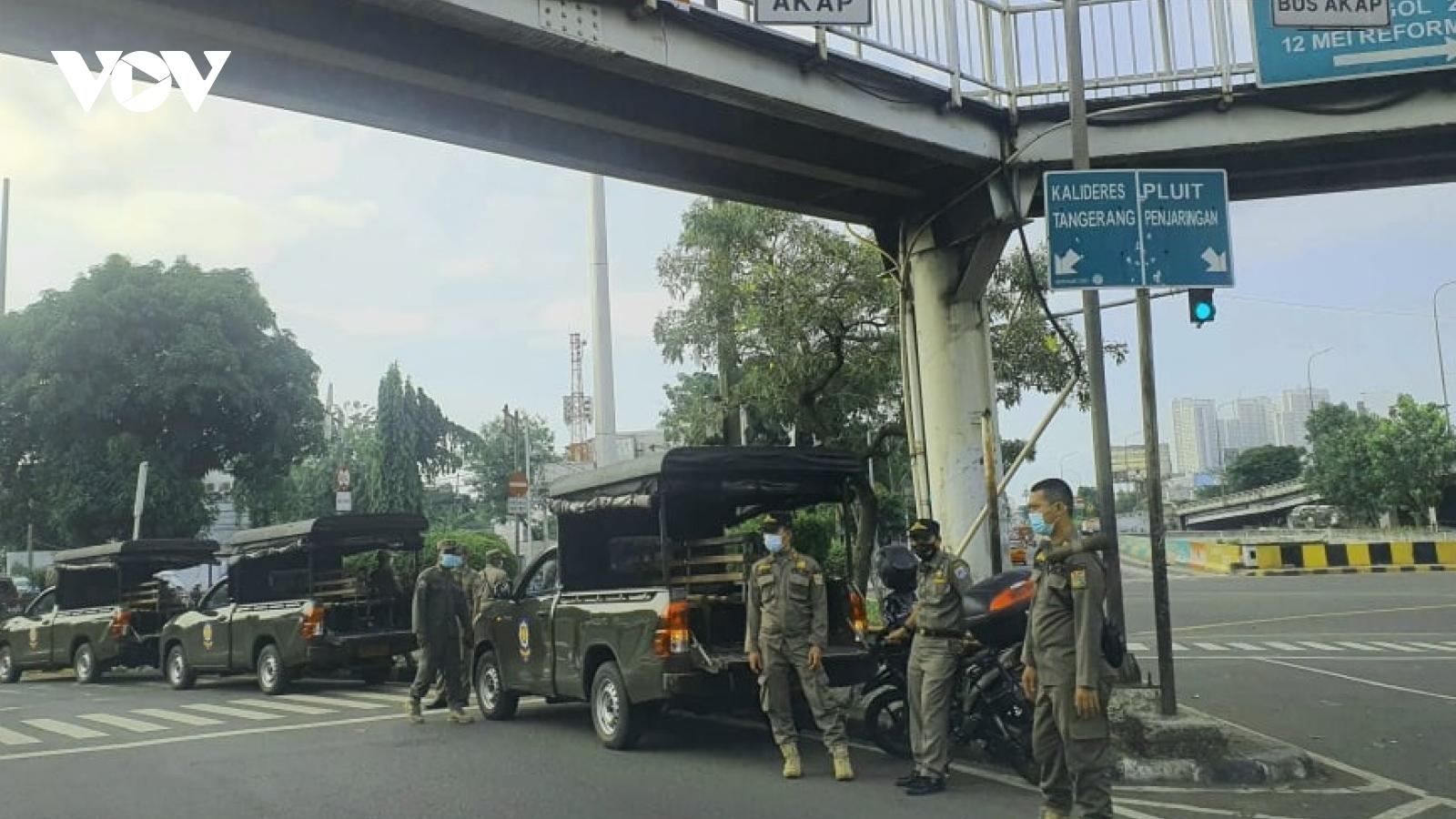 Indonesia sẽ giới hạn đến khi kiểm soát được Covid-19, Philippines vẫn khủng hoảng học tập