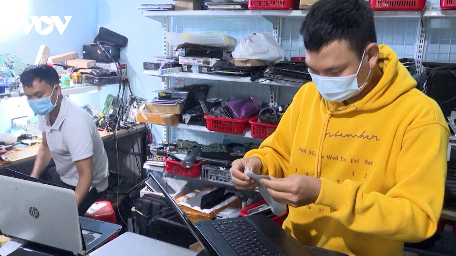Người dân Quảng Namtừ vùng dịch trở về quê đượcbố trí việc làm