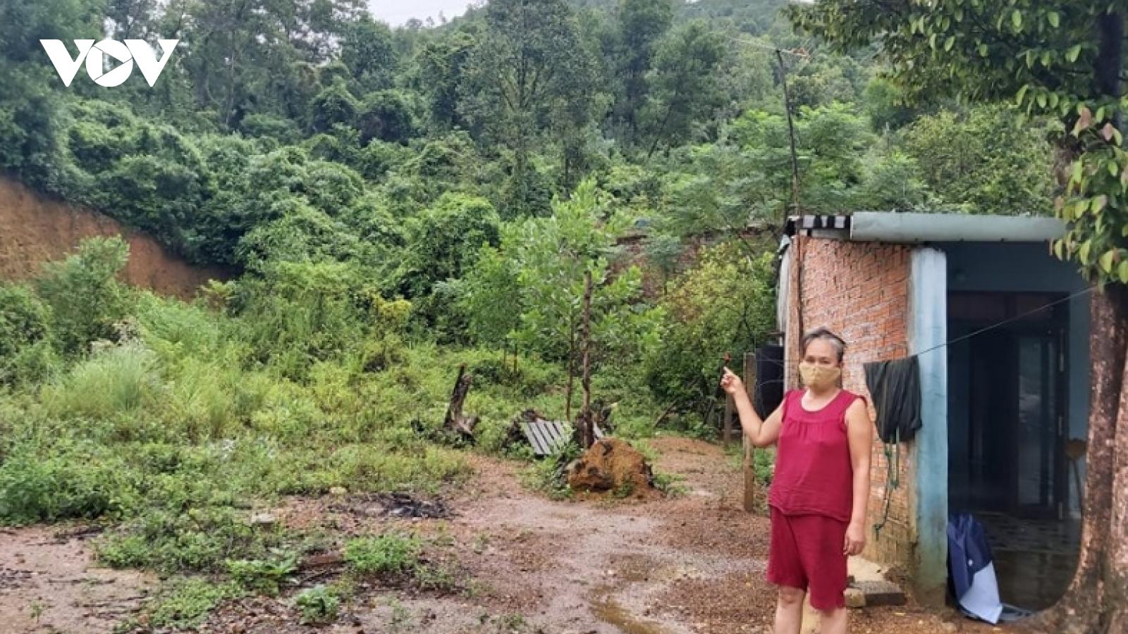 Nhiều hộ dân nằm trong vùng nguy cơ sạt lở tại Đà Nẵng cần di dời