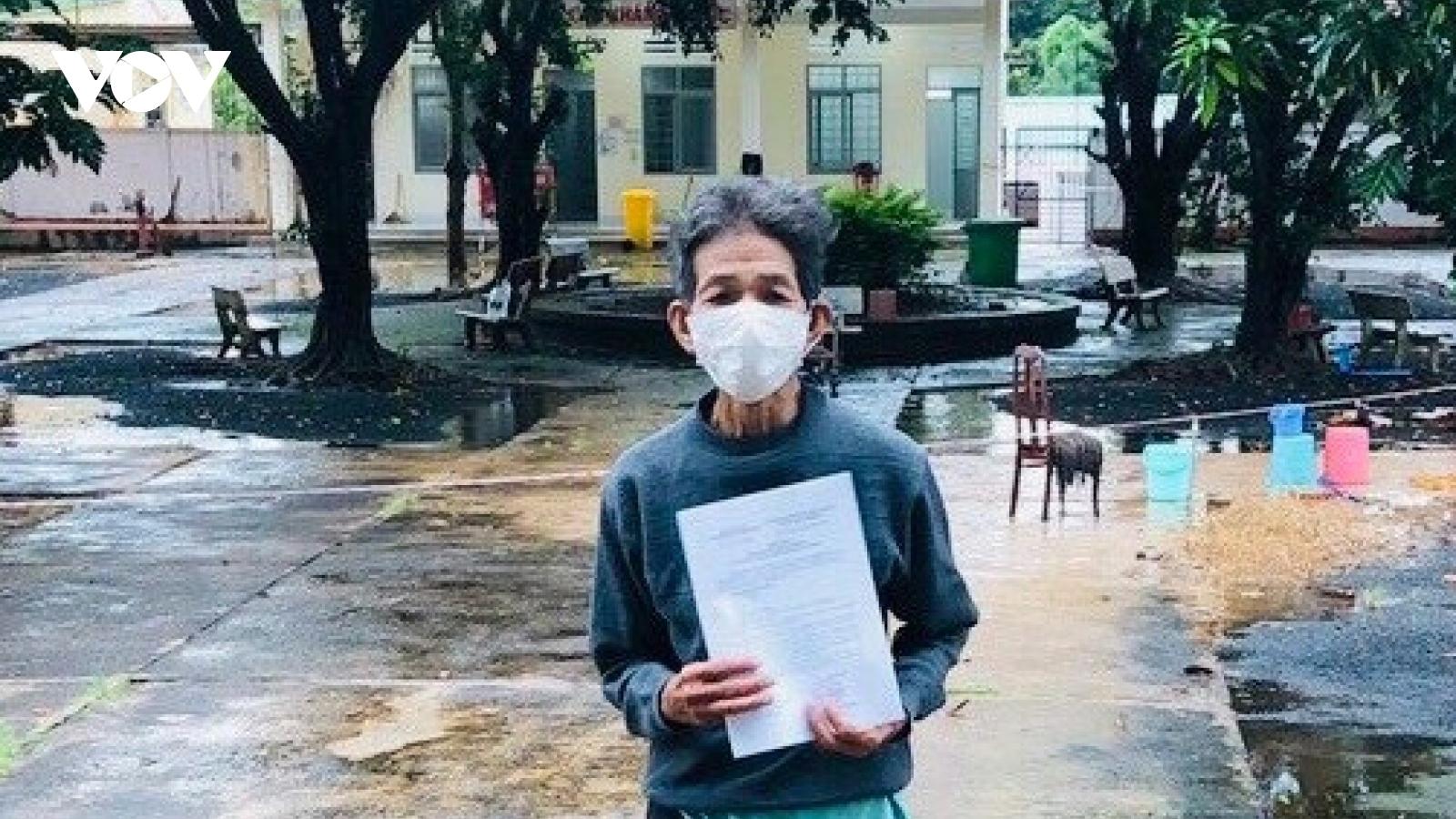 Bệnh nhân 91 tuổi tại Đắk Lắk được điều trị khỏi Covid-19