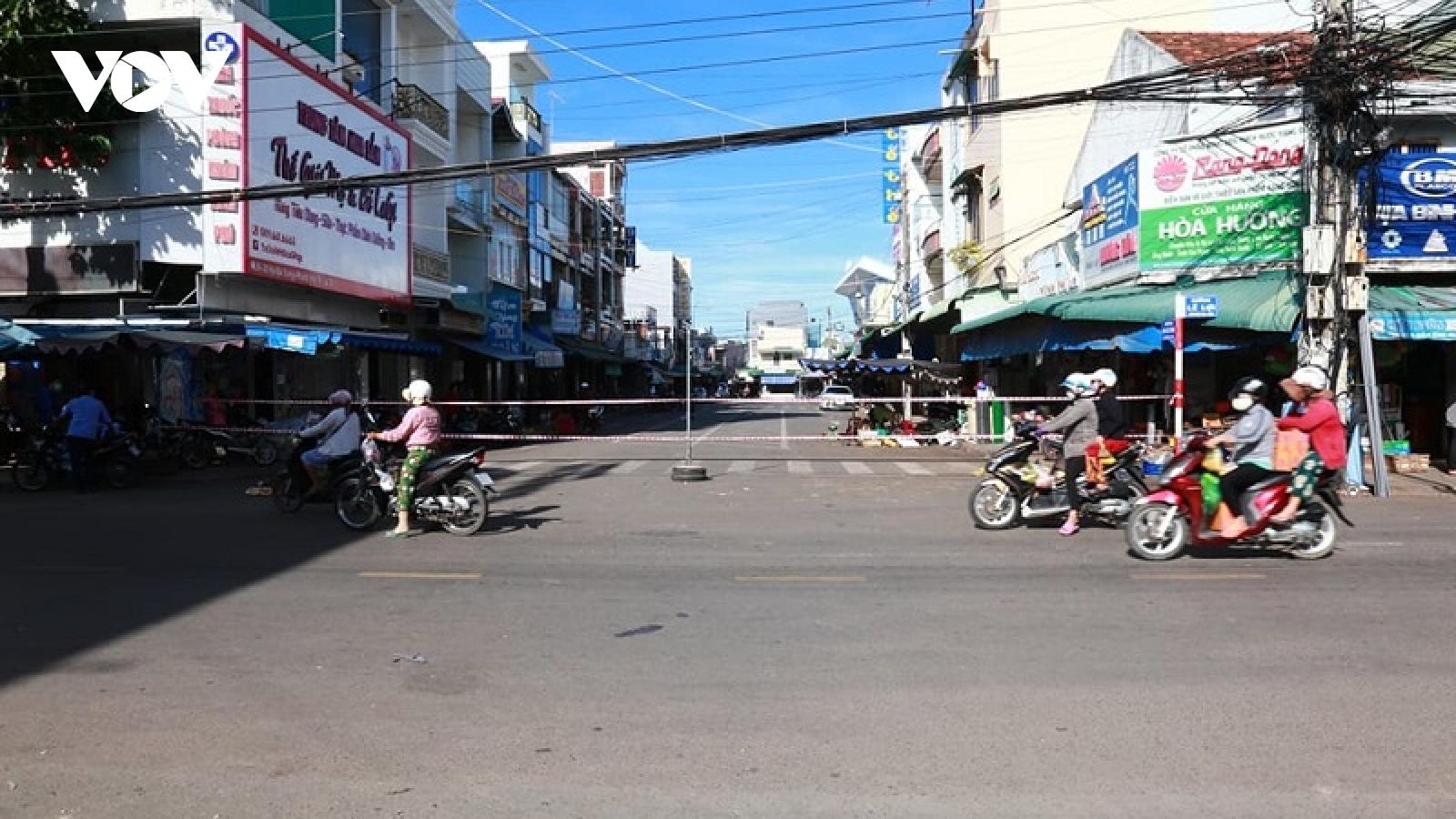 Chuyển biến trong chống dịch, Bình Thuận thay đổi biện pháp giãn cách ở thị xã La Gi