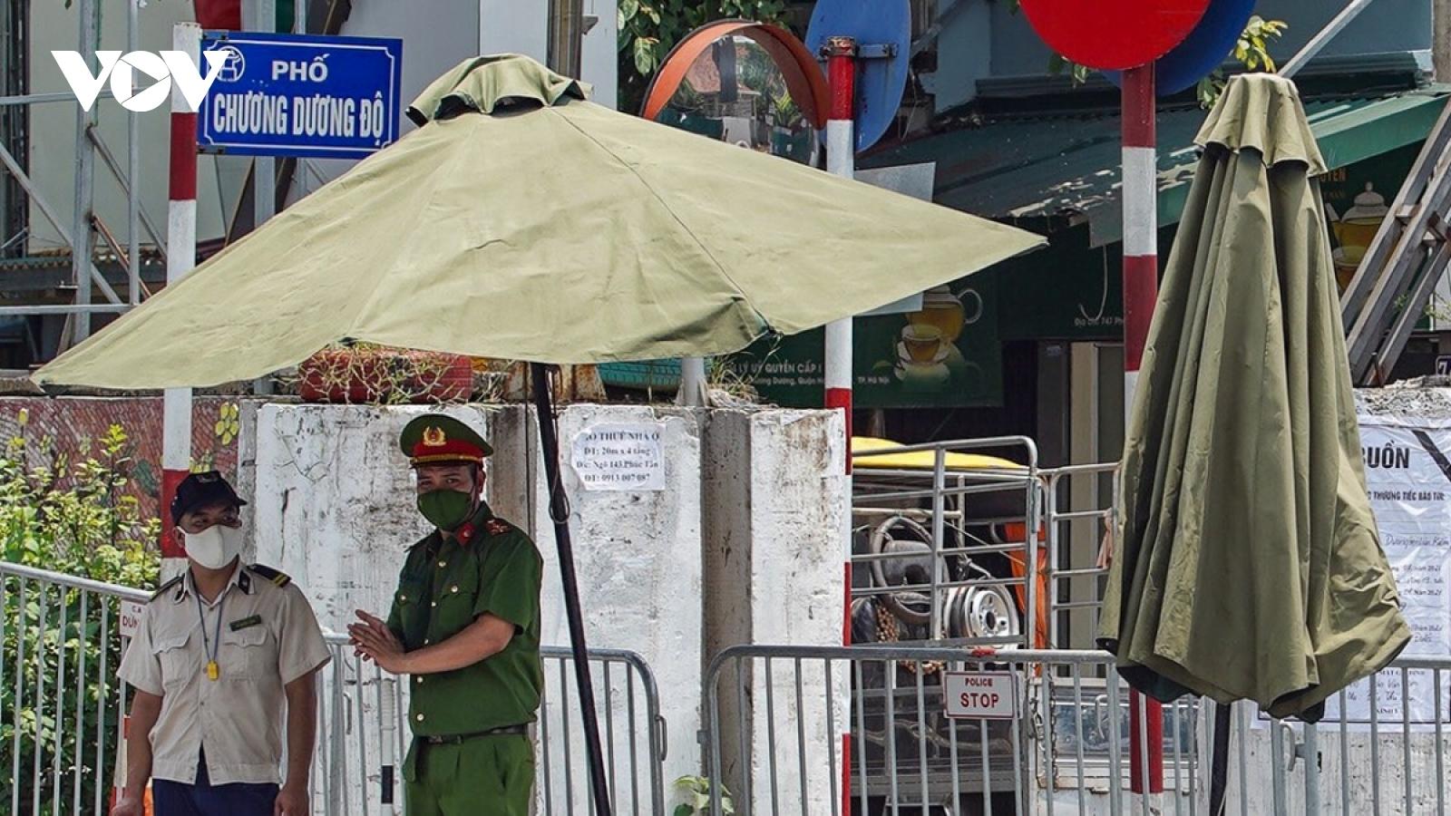 Hà Nội thu hẹp phong tỏa tại ổ dịch Covid-19 phường Chương Dương, Hoàn Kiếm