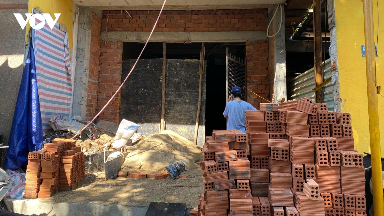Người dân Đà Nẵng gặp khókhăn khi xin phép thi công xây nhà trở lại