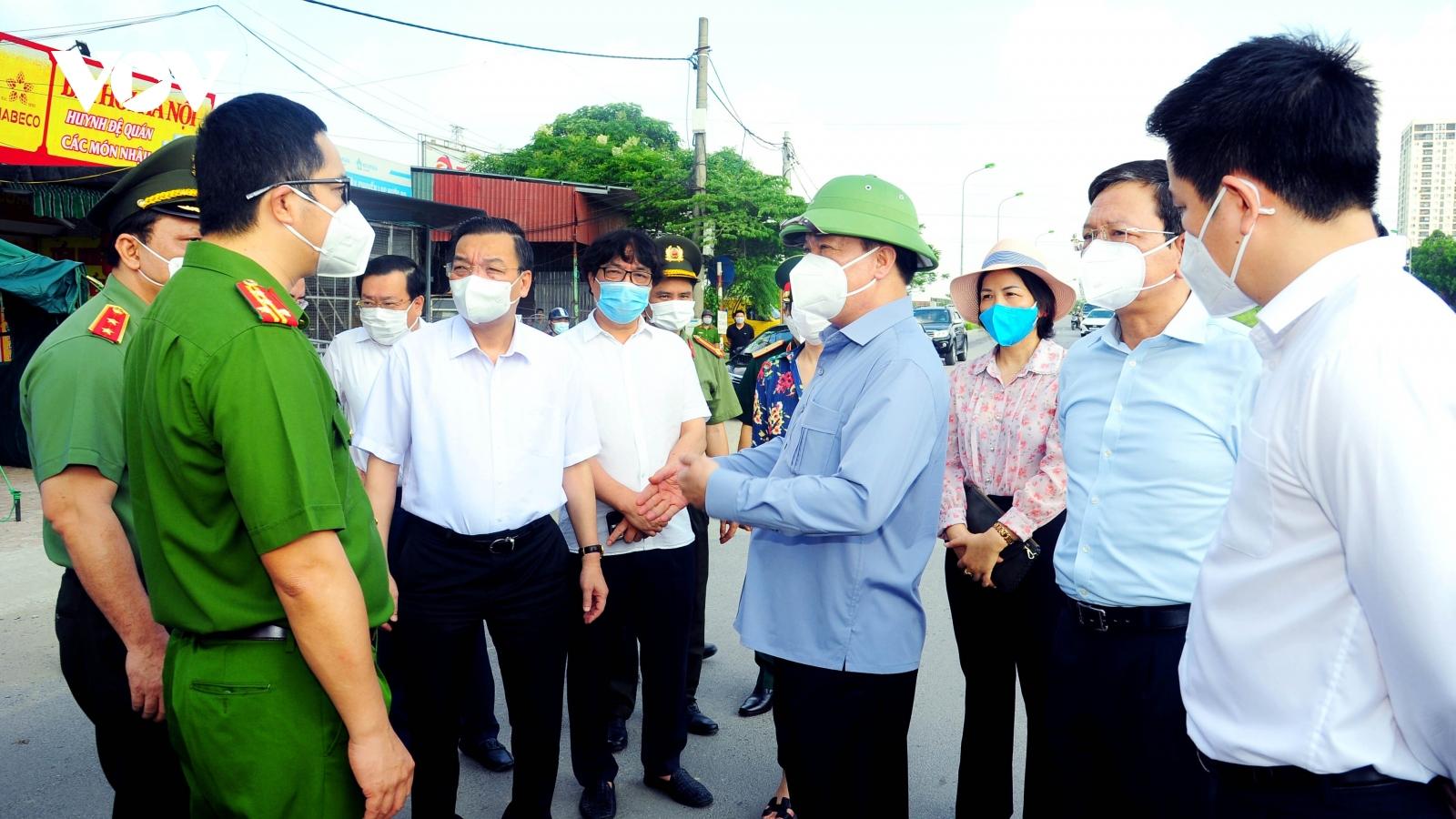 Thành ủy Hà Nội chỉ đạo khẩn trương công bố cấp độ dịch của Thành phố