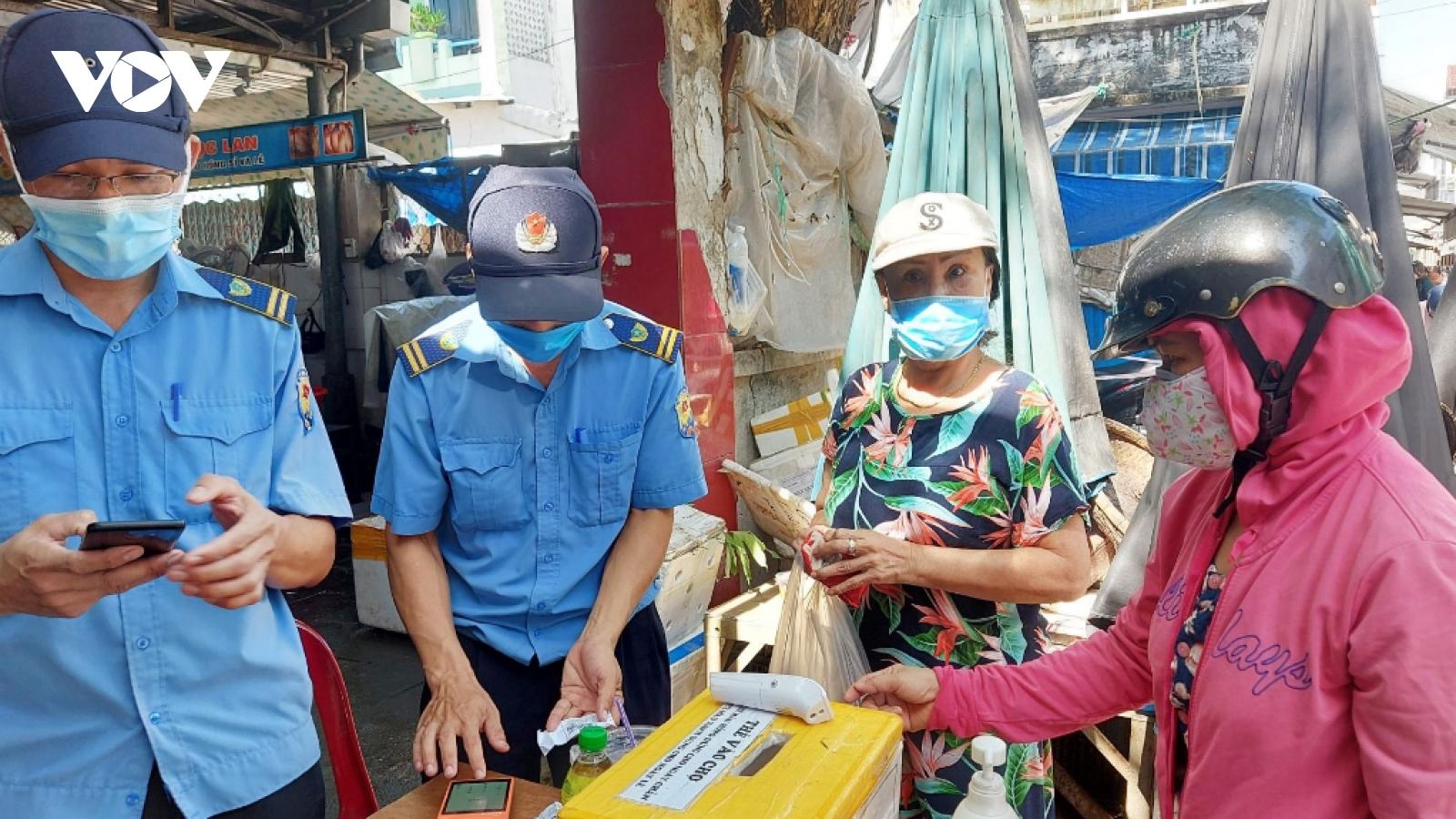 Đà Nẵng miễn phí tiền thuê mặt bằng cho tiểu thương