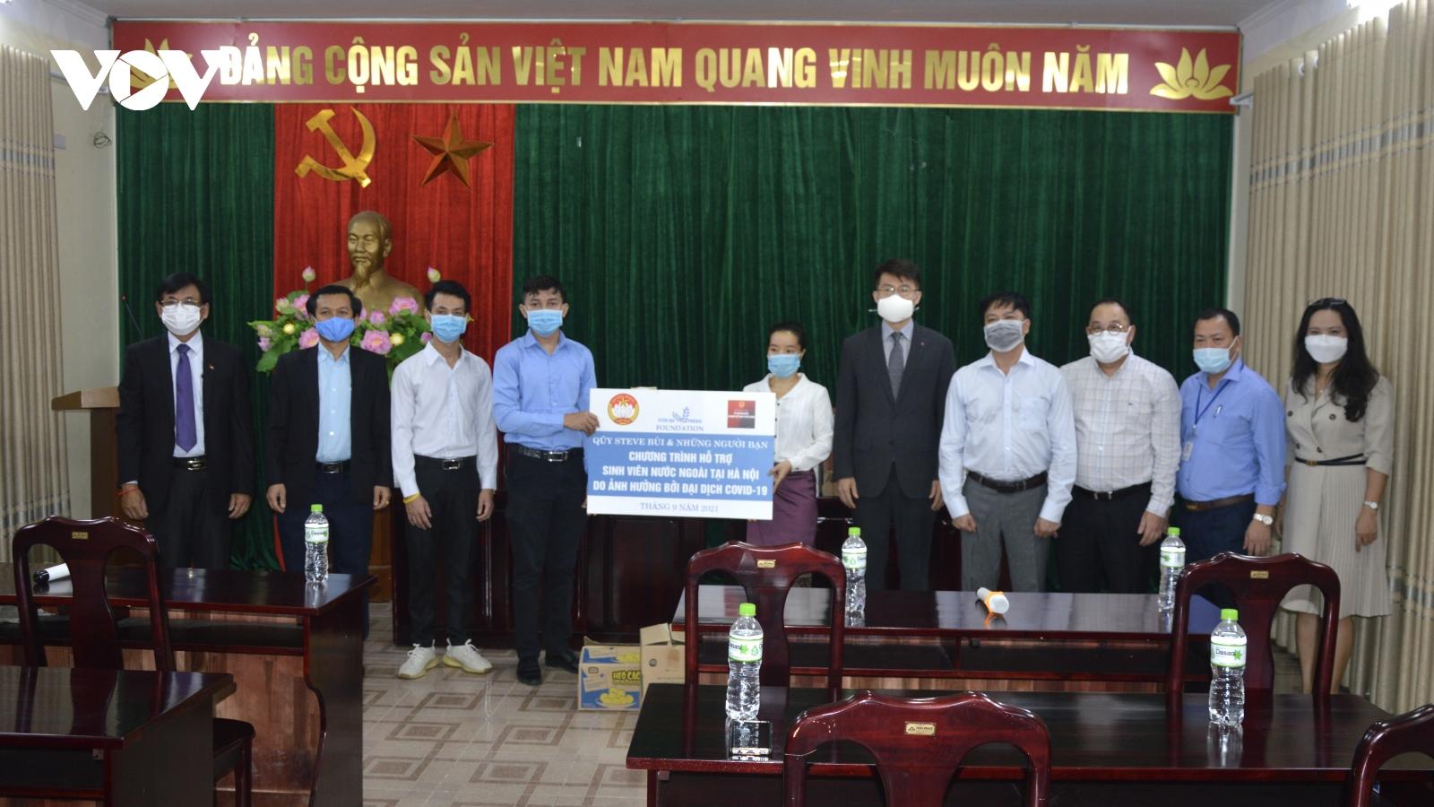Hỗ trợ sinh viên quốc tế tại Việt Nam bị ảnh hưởng do COVID-19