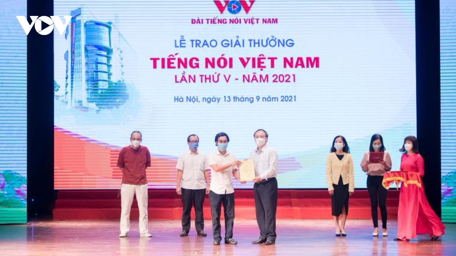 """VOV trao """"Giải thưởng Tiếng nói Việt Nam"""" lần thứ 5 năm 2021"""
