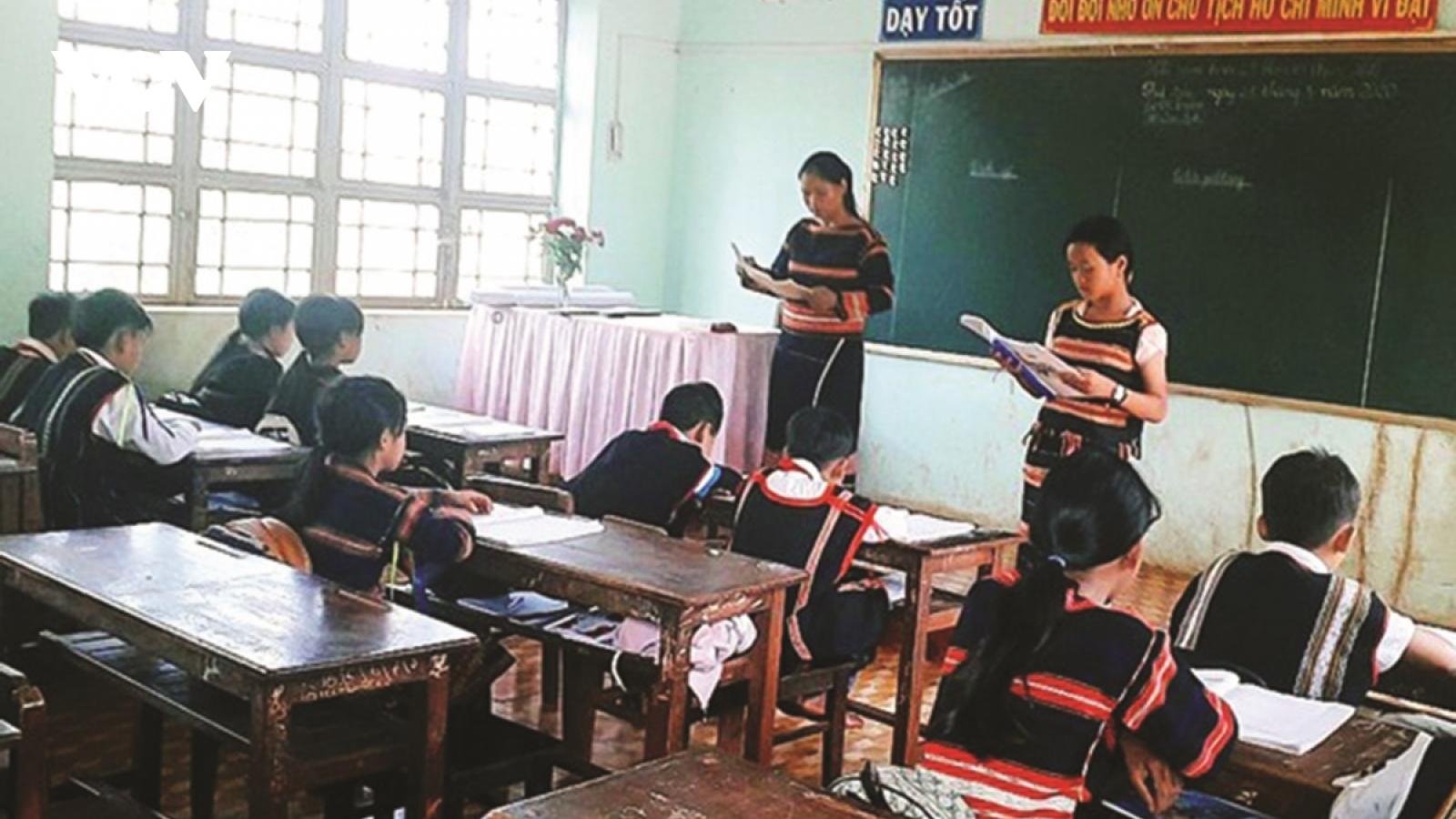 Đến năm 2030, cả nước cần khoảng 9.000 giáo viên dạy tiếng dân tộc thiểu số