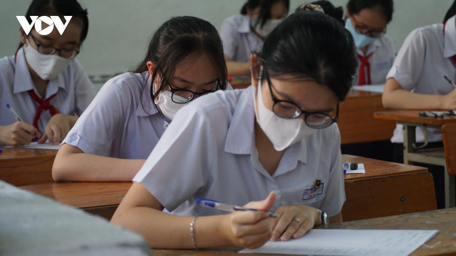 Đà Nẵng, Bình Định hỗ trợ học sinh và người dân ảnh hưởng bởi dịch Covid-19