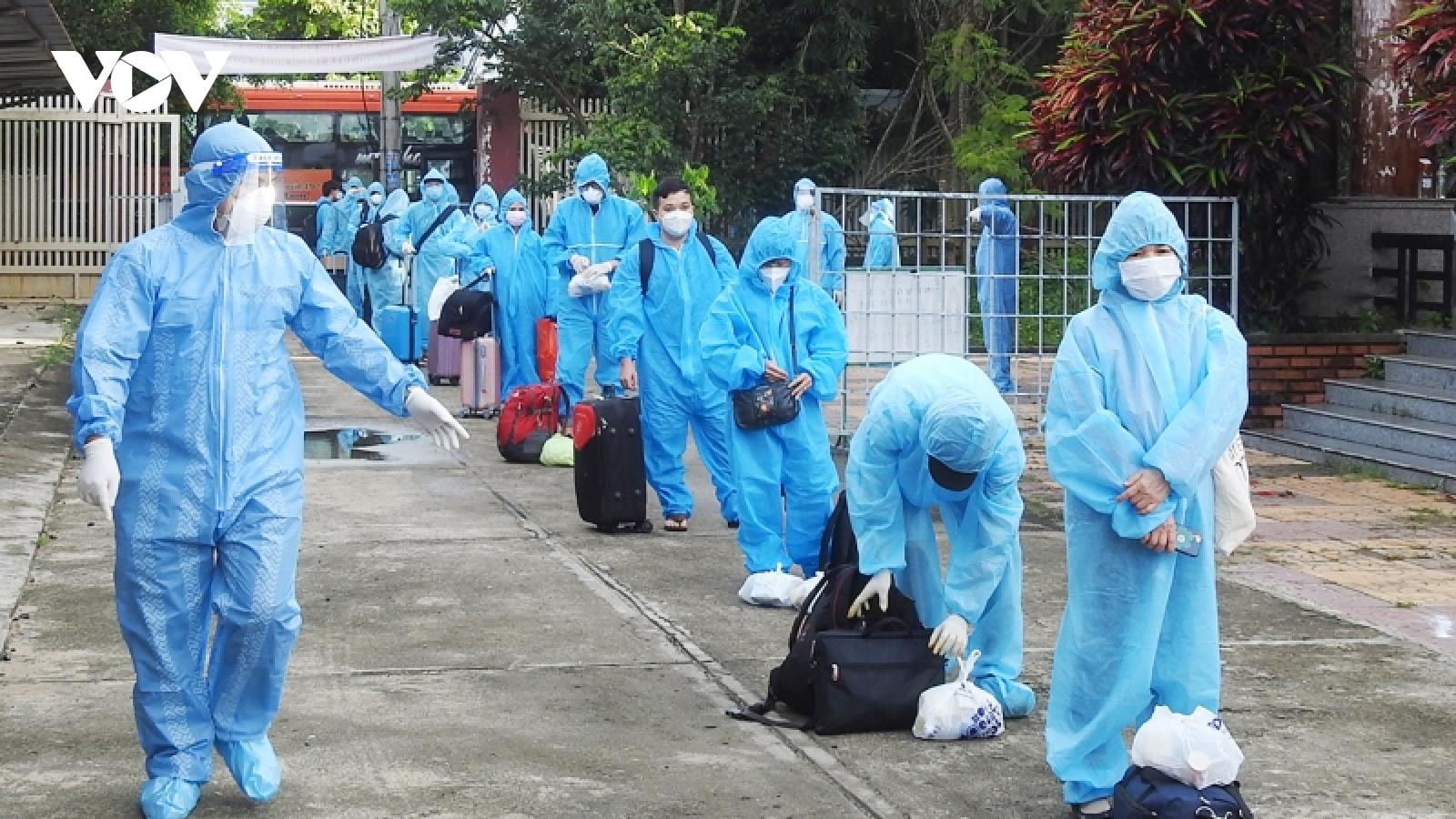 Kon Tum phát hiện 4 F0 trong số công dân vừa đón về tỉnh