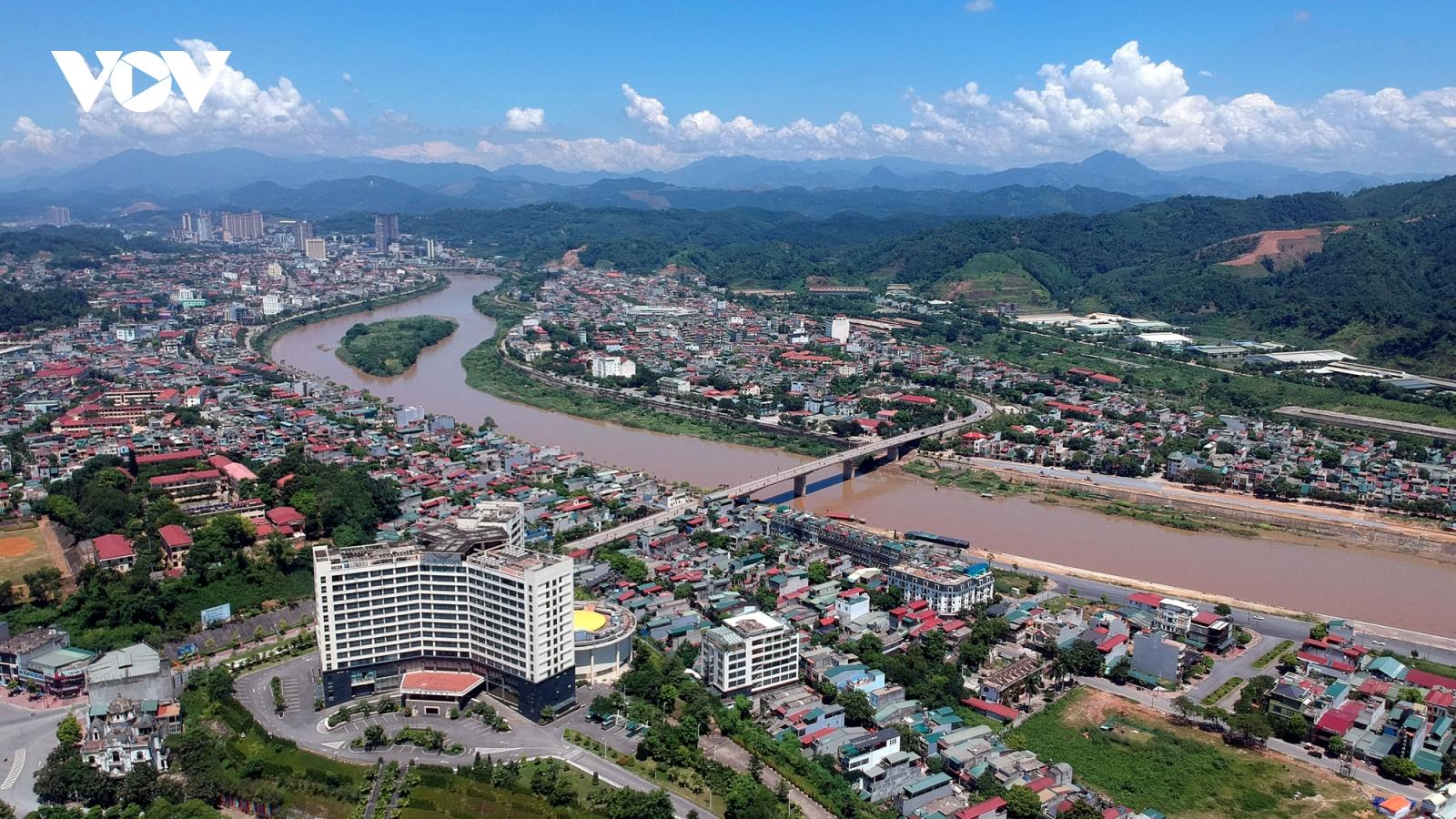 """30 năm tái lập tỉnh Lào Cai: Từ """"vành đai trắng"""" trở thành tỉnh phát triển"""