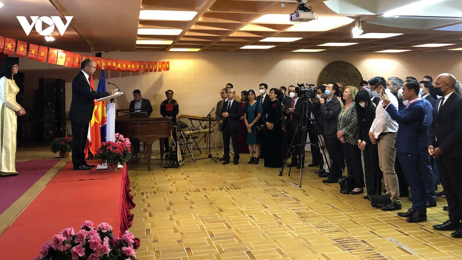 Kỷ niệm 76 năm Quốc khánh Việt Nam tại Pháp