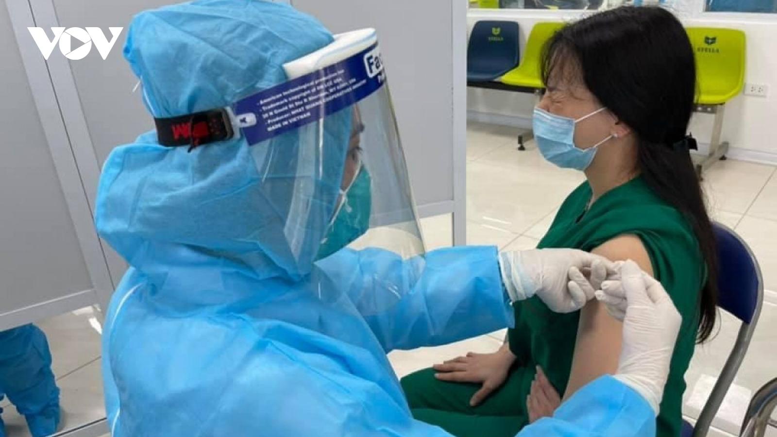 Cập nhật độ phủ vaccine phòng COVID-19 tại Hà Nội