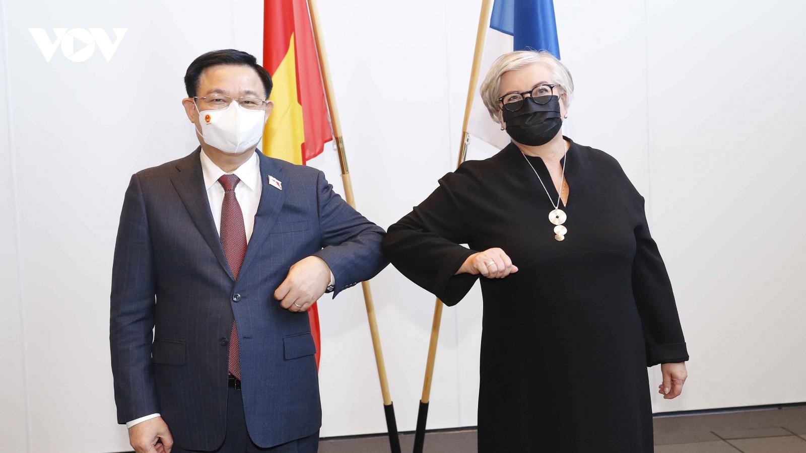 Chủ tịch Quốc hội Vương Đình Huệ hội đàm với Chủ tịch Quốc hội Phần Lan