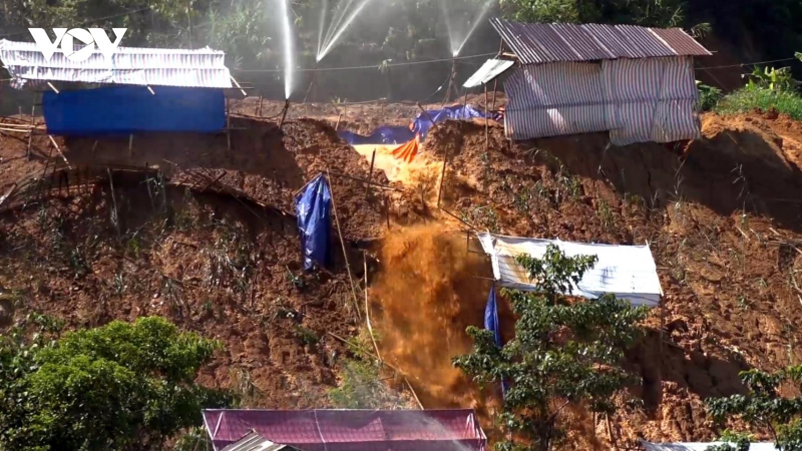 Quảng Nam trang bị kỹ năng ứng phó thiên tai cho người dân miền núi