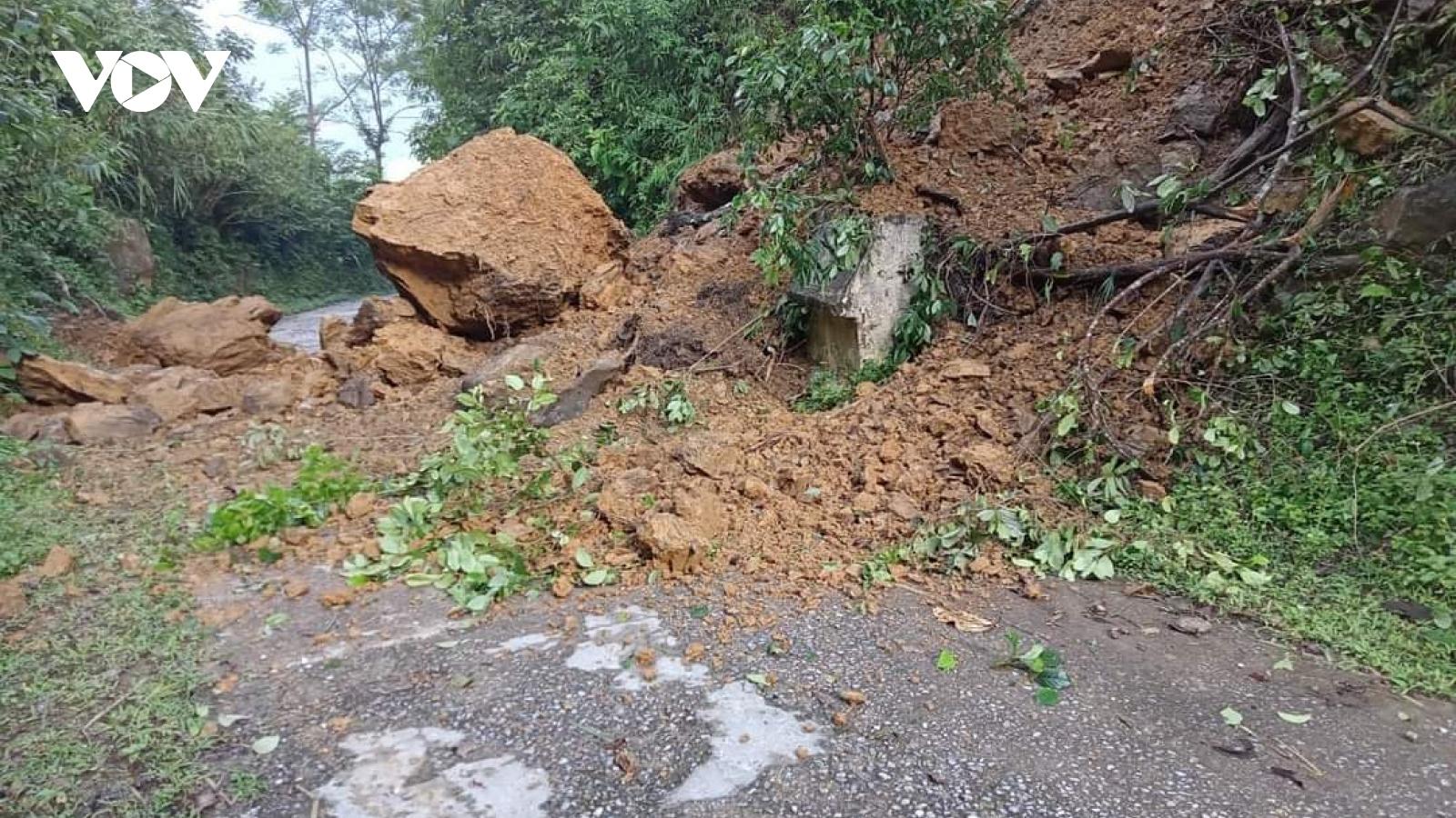Sạt lở nghiêm trọng trên tuyến tỉnh lộ 254 Bắc Kạn