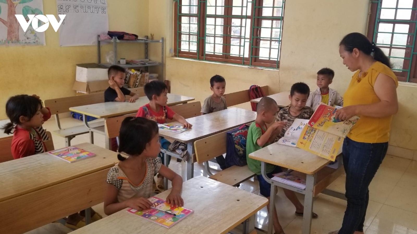 Tỉnh Cao Bằng vẫn thiếu hàng nghìn cán bộ giáo viên