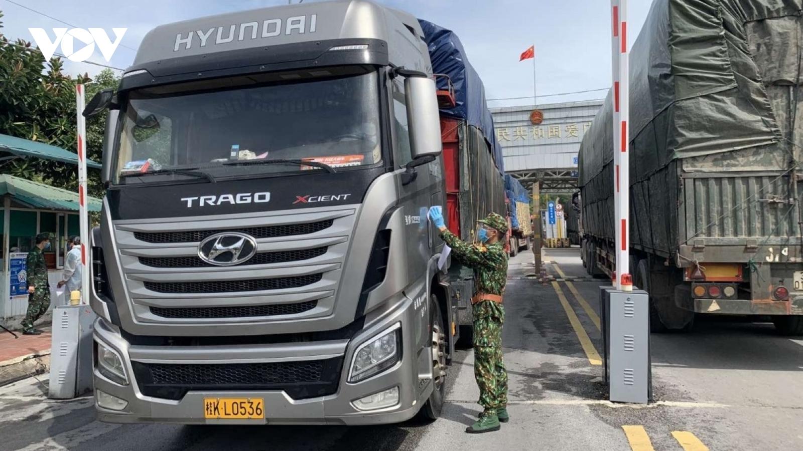 Lạng Sơn thiết lập balớp phòng chống dịch đảm bảoan toàn cho hoạt động xuất nhập khẩu