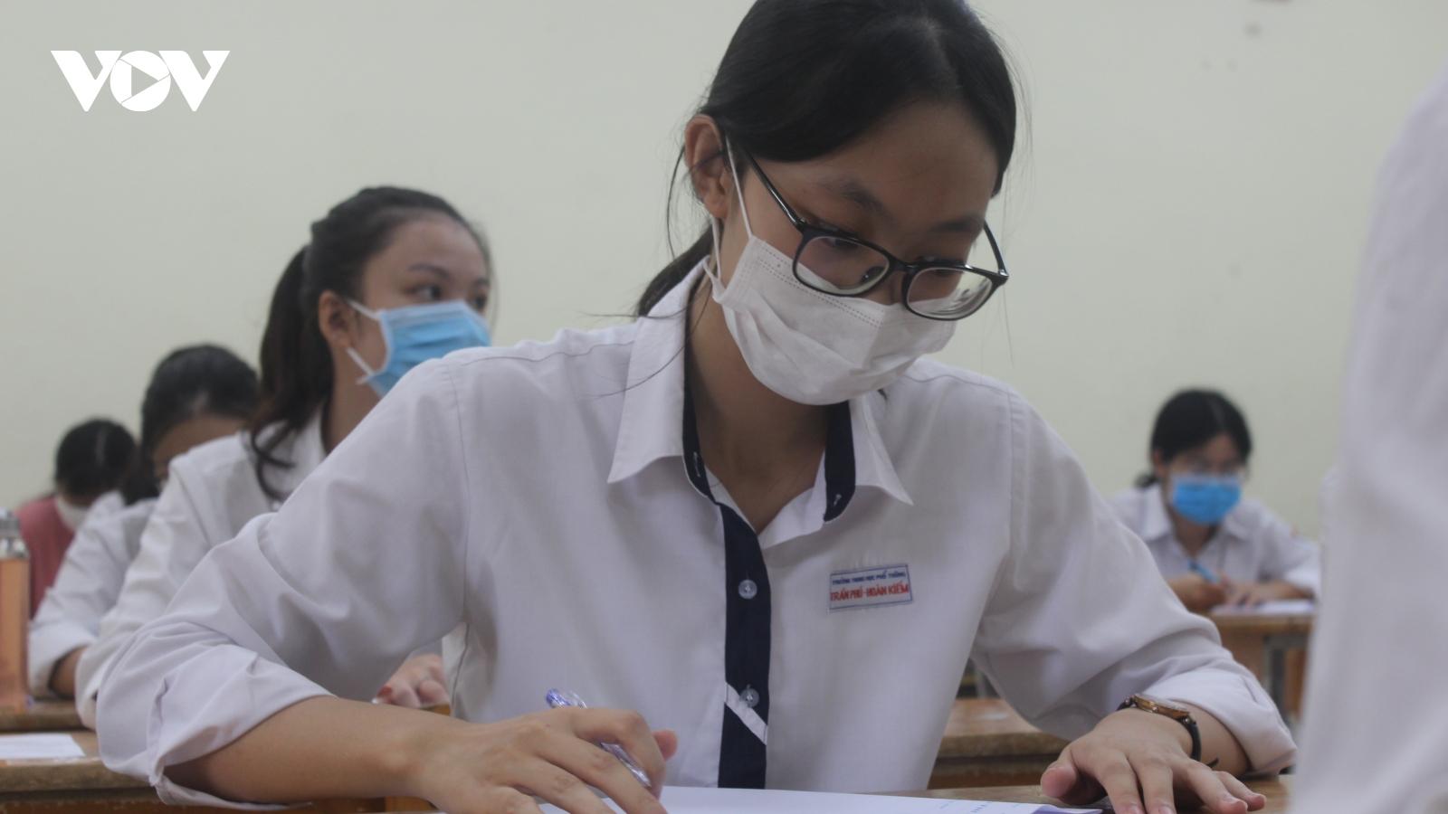 Bộ GD-ĐT bổ sung phương án tuyển sinh đại học với thí sinh không thi tốt nghiệp do dịch