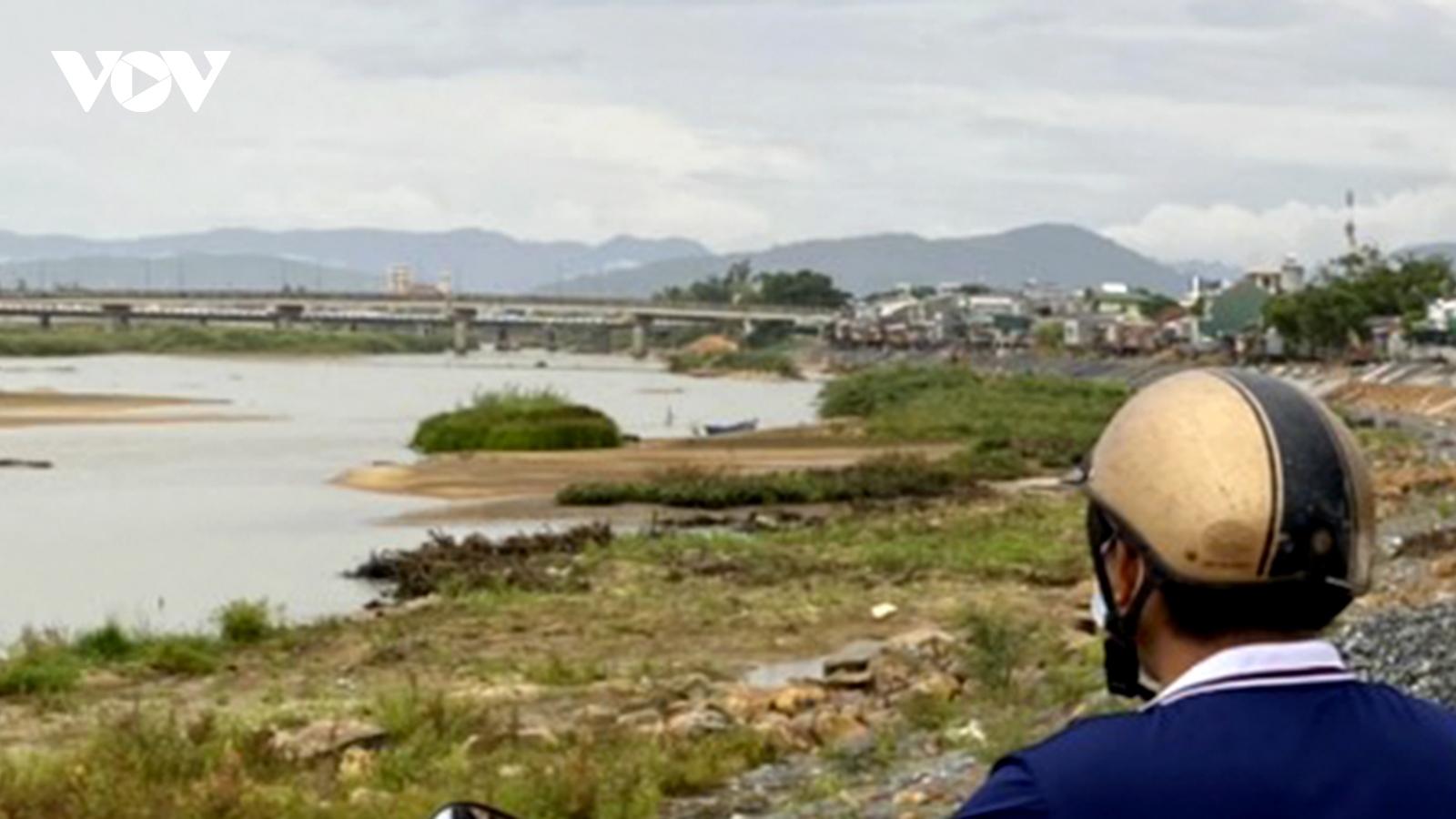 Đuối nước trên sông Vệ, 3 người dân Quảng Ngãi tử vong