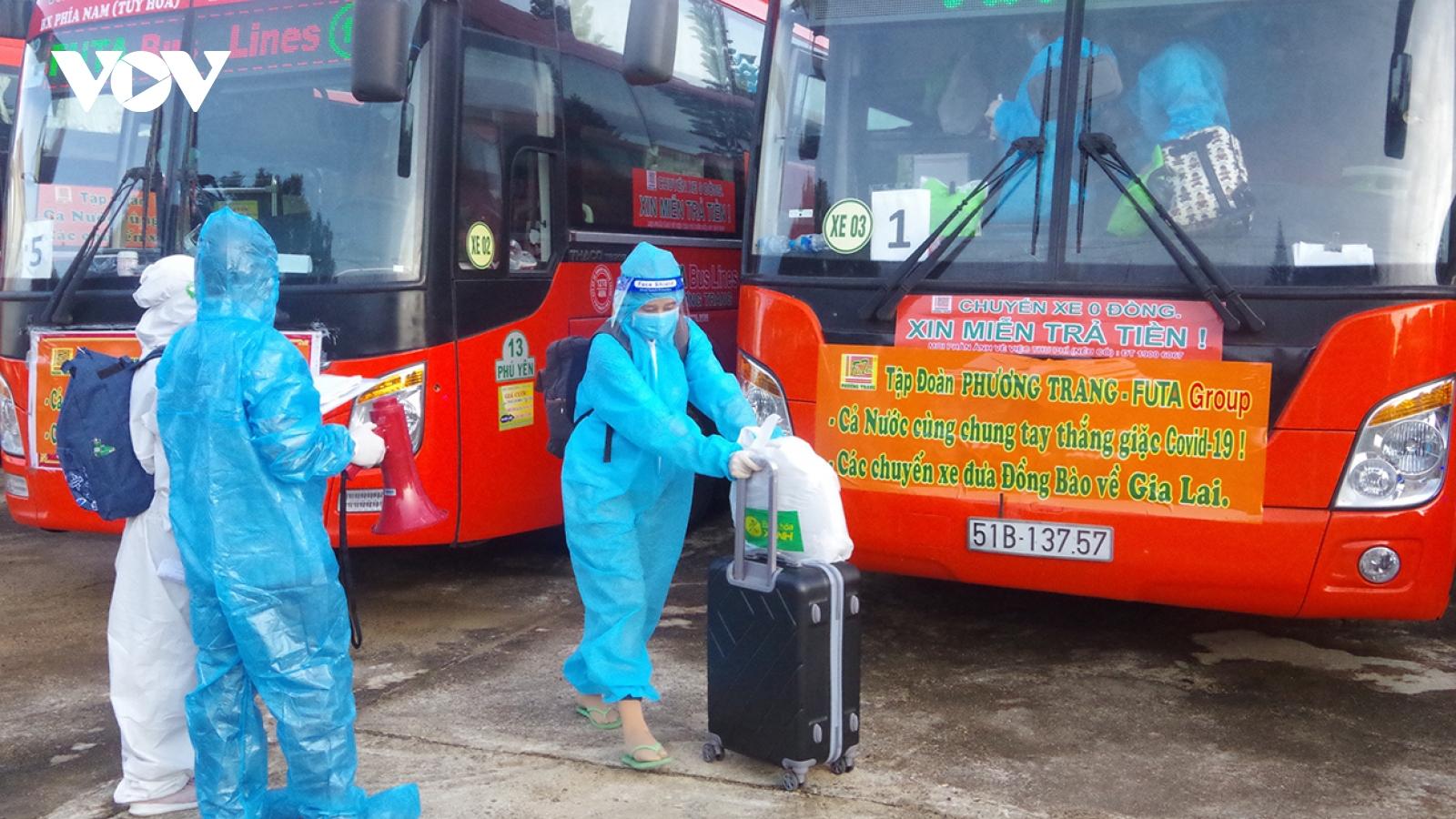 Gia Lai đón 208 phụ nữ mang thai từ vùng dịch về