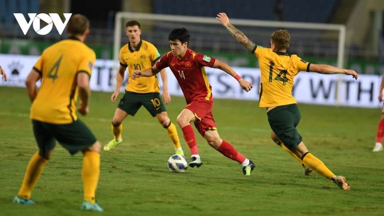 Xếp hạng bảng B vòng loại World Cup 2022: ĐT Việt Nam vẫn đứng trên Trung Quốc