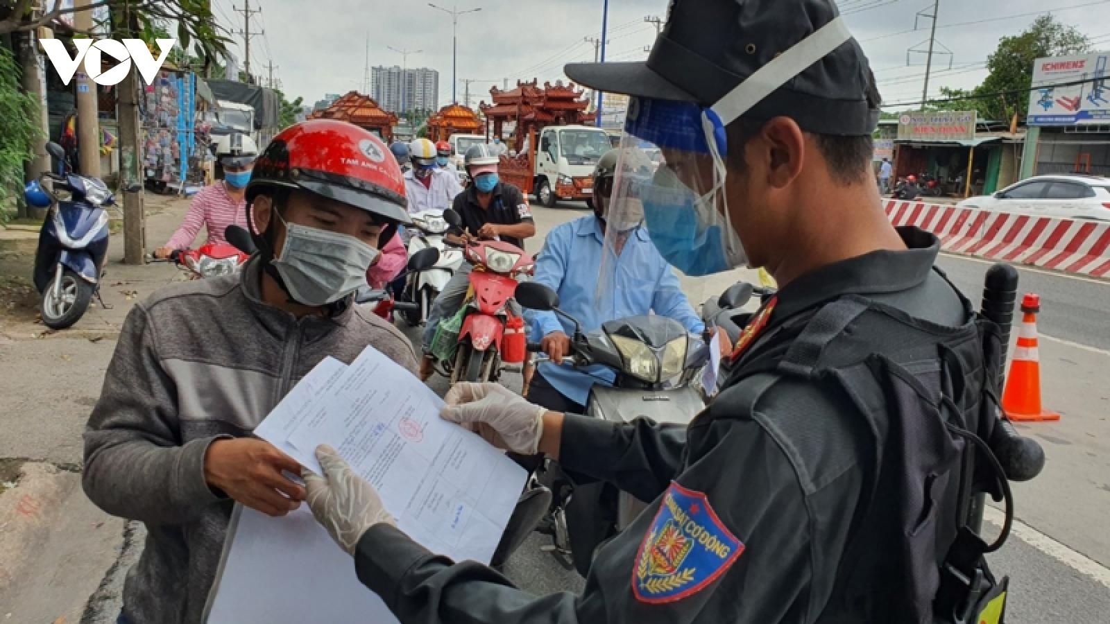 Thực hiện Nghị quyết 128 ở Đông Nam Bộ: Nơi mạnh dạn, nơi thận trọng