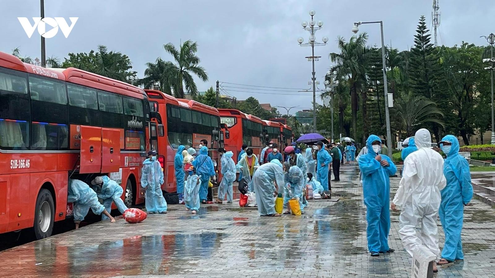 Ngày 17/10, Việt Nam có 3.193 ca mắc Covid-19 mới, 63 người tử vong