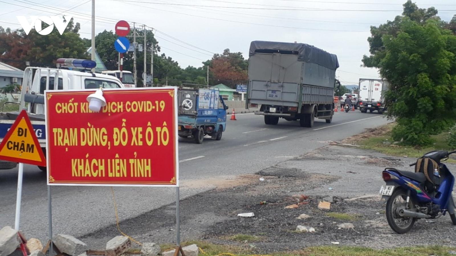 Bình Thuận dừng hoạt động các chốt kiểm soát dịch liên tỉnh từ ngày mai (17/10)