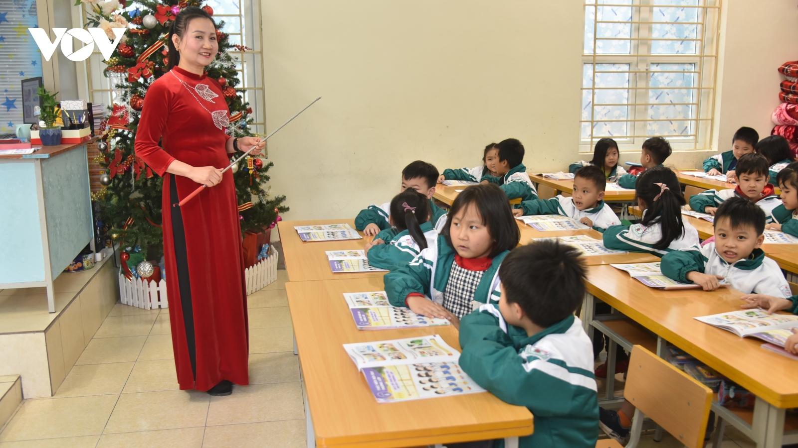 23 tỉnh, thành phố cho học sinh quay trở lại trường học trực tiếp
